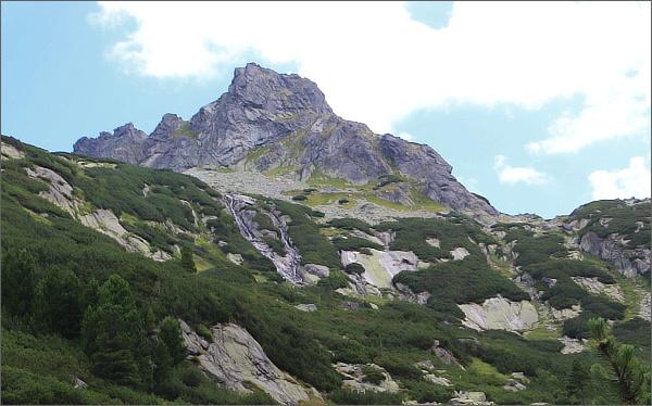 Dolina Zlomísk, Zlomisková veža