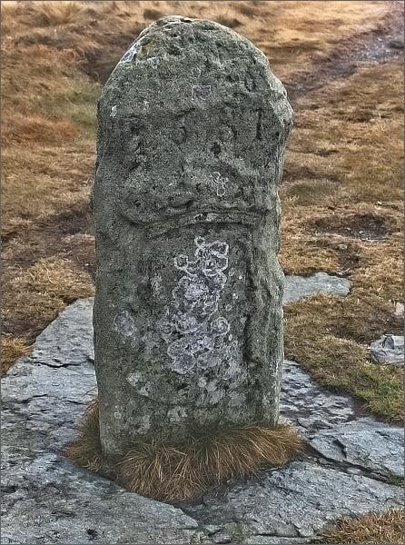 Vysoká hole, historický hraniční kámen