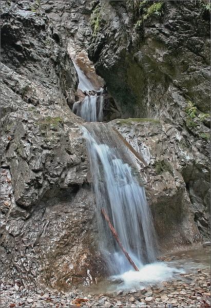 Suchá Belá. Okienkový vodopád