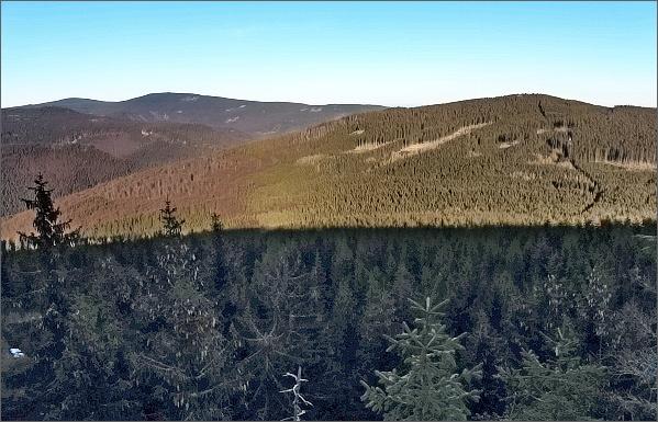 Medvědí vrch a Žárový vrch z Lyry