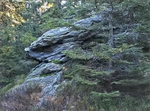 Skaliska na vrcholu Lyry