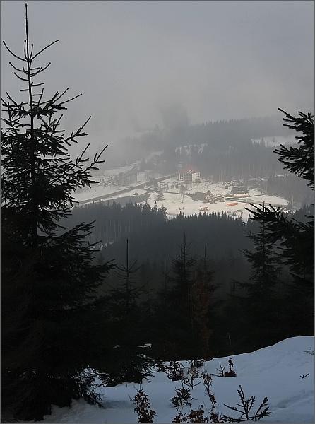 Ramzovské sedlo je zahaleno mlhou