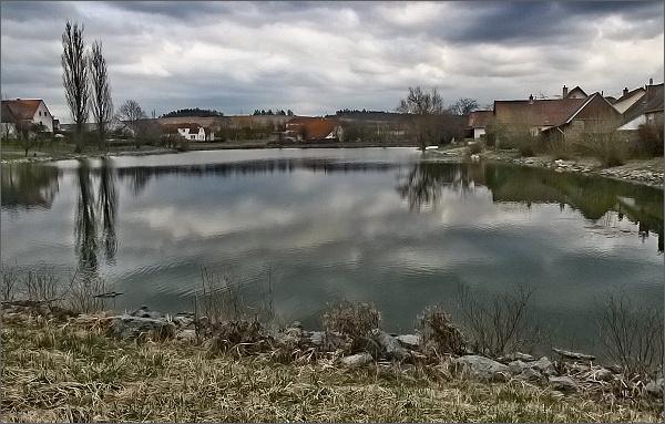 Černovice od rybníka Pilát
