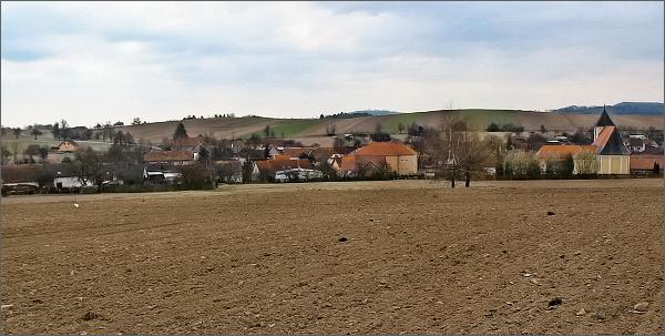 Černovice ze silnice do Tasovic