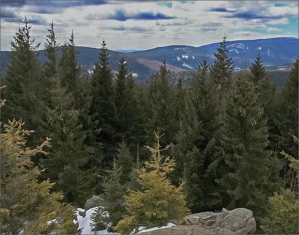 Žárový vrch a Lyra z Karliných kamenů