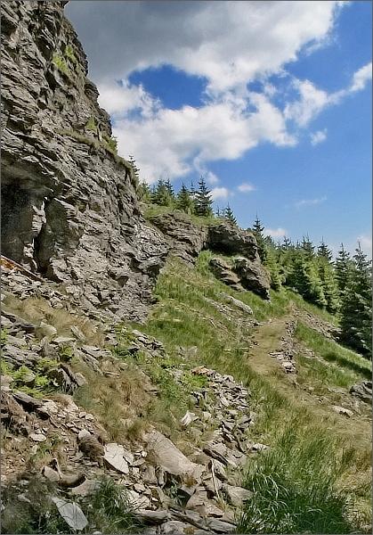 Starý chodník pod Sokolí skalou